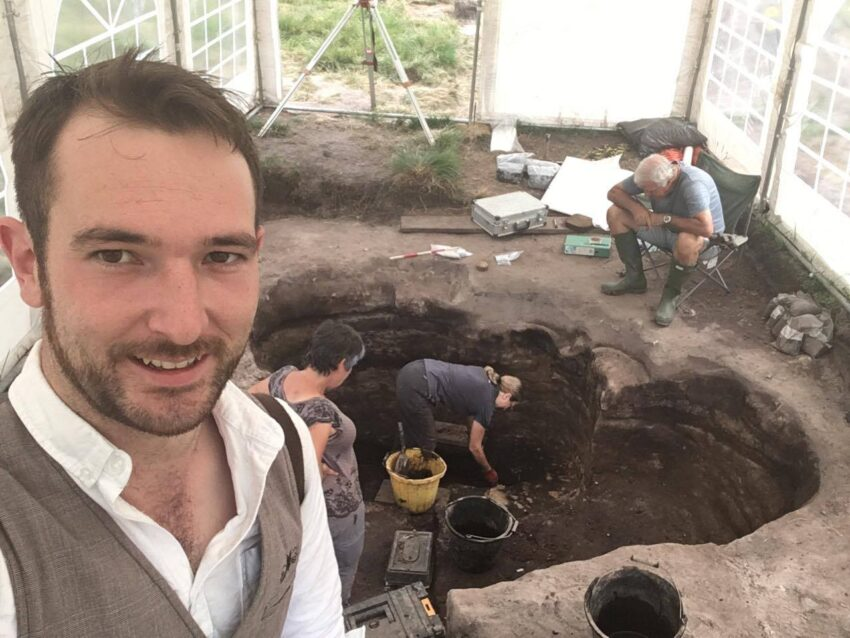Barrow 19 and the largest burial pit in the UK – Daily Dig Diary #16